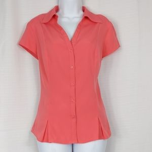 Cato -coral form fitting button down career blouse